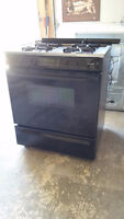 Magic Chef (Maytag) gas range/ stove