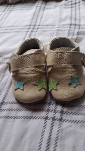 Baby shoes 5$ each