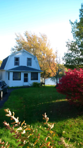 Three bedroom Home For Rent With Water Frontage