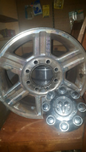 Dodge Ram 2017 17' Alloy Rims and Hubcaps