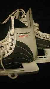 Men's size 6 like new skates