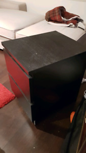 IKEA Malm 2 bedside tables in ALMOST NEW condition