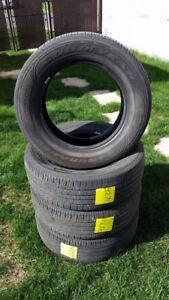 4 Pneus Été - 4 Summer tires 225/65/17 Goodyear