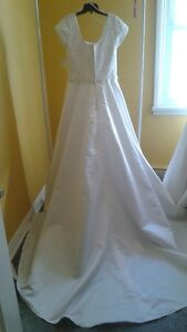 NEW BRIDAL ORIGINALS SIZE 16 ONLY $50