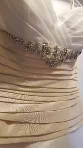 Casablanca Wedding Gown Sz 8 - best offer takes it