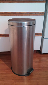 3 ft garbage can - new