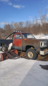 73 w200 power wagon