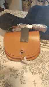 Great Christmas presents!!! Brand new Zara bags with tags :) London Ontario image 5