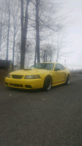 MUSTANG GT 2002 V8 4.6L MANUEL 5VIT AVEC MODIFICATION 6000$FERME