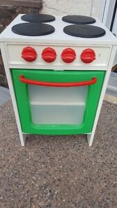 Play Stove with bin of play food