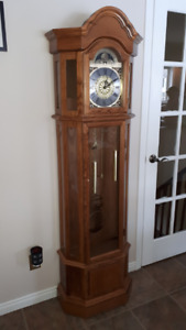 Oak Wood Grandfather Clock