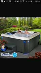 7 Person ** 8 month old **HOT TUB