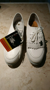 Brand new Womens golf shoes