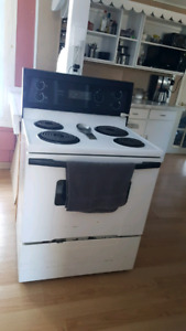 Fridge and Stove (reposted due to no show)