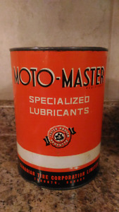 Vintage Canadian Tire Motomaster Oil Cans