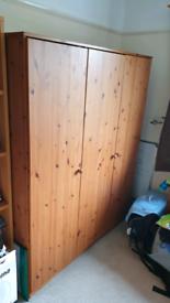Pine wardrobe 179x152x48