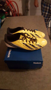 ADIDAS F 50 SOCCER SHOES