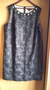 Laura Plus size 24 dress in excellent condition