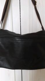 Messenger/laptop bag, soft leather