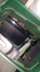 2 Xbox 360s 1 ps3