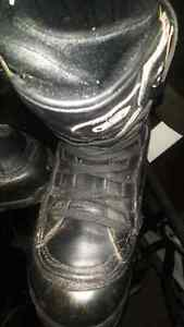 drill leathwr snowboard boots men's 11 black,mint
