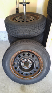 Used – 4 X TOYO G-O2 PLUS winter tires and rims - 205/55R16
