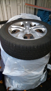 4 Kumho Solus KR21 tires with rims - used
