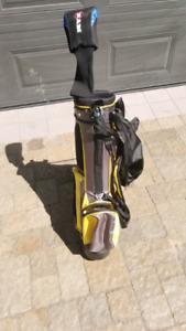 Sac de golf enfant avec driver droitier