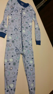 "4T Boys ""Space,"" pajamas...BRAND NEW WITH TAGS"