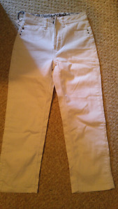 White crops new with tags size 4
