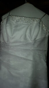 Used Size 18 Justin Brandon Wedding Dress
