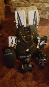 BOY'S GOALIE GEAR FOR SALE, COMPLETE SET LESS SKATES OR WILL SEP