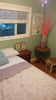 Chinook Centre SW - Beautiful Inner City Bedroom – Women Only
