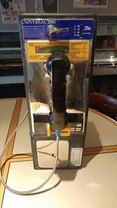 Vintage Universal 2000 Payphone and Wall Mount Case