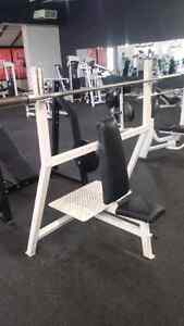 Hammer Strength Flat, Incline, Decline Olympic benches Kitchener / Waterloo Kitchener Area image 3