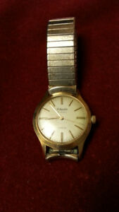 VINTAGE OSTRANDERS JEWELLERS MENS WATCH