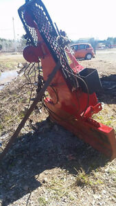 Winch for behind tractor Inglis 10 000lbs 2800$ NEG