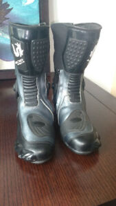 Motorcycle Nexo sports boots size 11 for sale