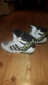 Adidas Mens Sneakers size 9 1/2