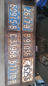 6 Antique License Plates