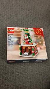 Lego 40223 Limited Edition Christmas Snow Globe
