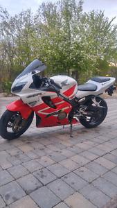 2001 Honda CBR600F4I