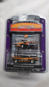 GREENLIGHT 1970 FORD MUSTANG COUPE MCG STREET & STRIP RARE MINT