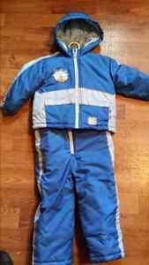 Snowsuit size 3