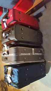 4 pieces of luggage for sale London Ontario image 2