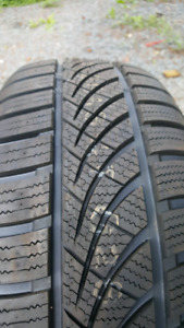 Set of 4 brand new hankook 4s tires 195 55 r16