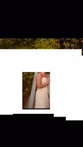 Maggie Sottero *Lorie* Wedding Dress and Veil for SALE! London Ontario image 3