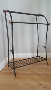 Towel Stand (Rack) - Bronze