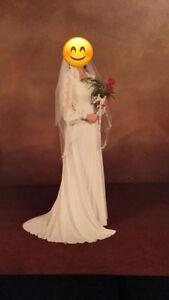 Vintage wedding dress and veil
