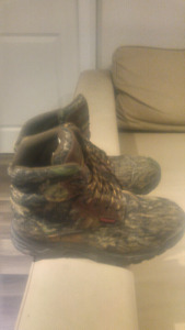 Hunting Boots Size 10 - Like New